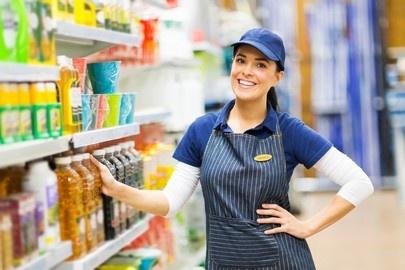 trabajadora supermercado