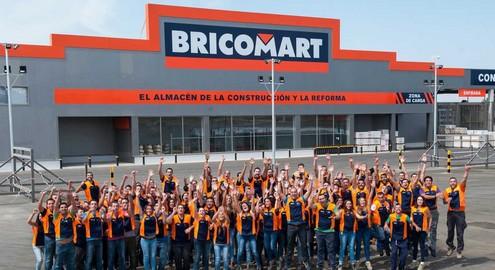 trabajadores de bricomart